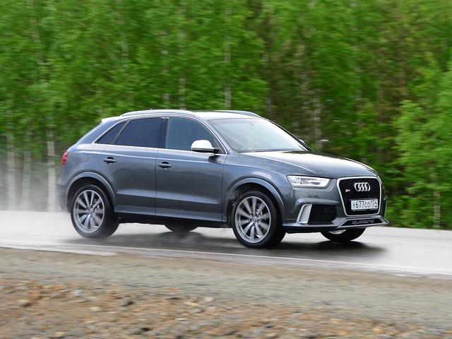 Audi RS Q3. Fast forward