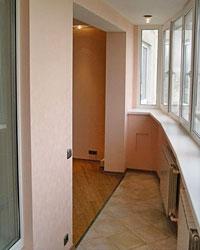 Дизайнеры признаются, что очень часто клиенты просят не только утеплить лоджию, но и сделать ее продолжением комнаты