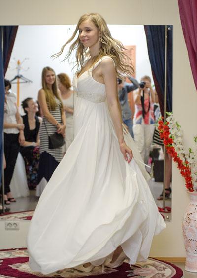 Частное фото как одевают невест