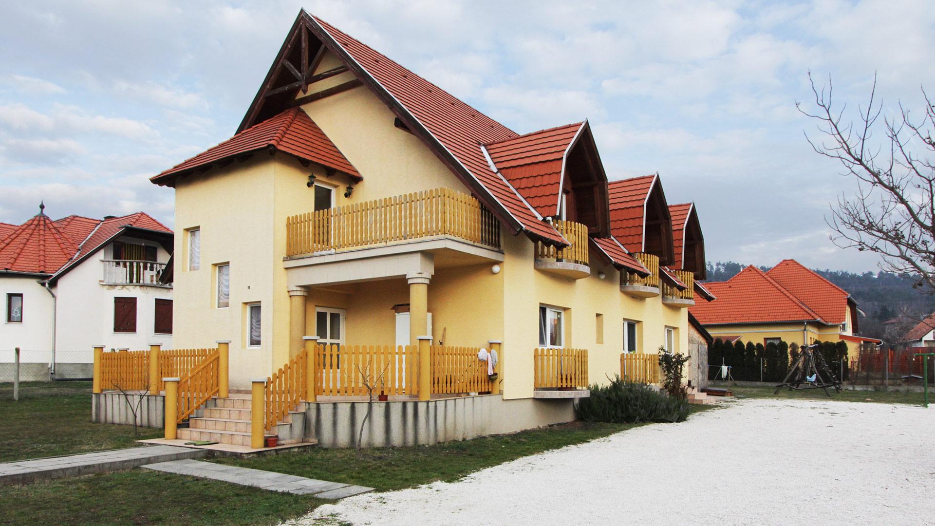 Где дать объявление о продаже дома в венгрии работа в ульяновске свежие вакансии водителя заволжский район